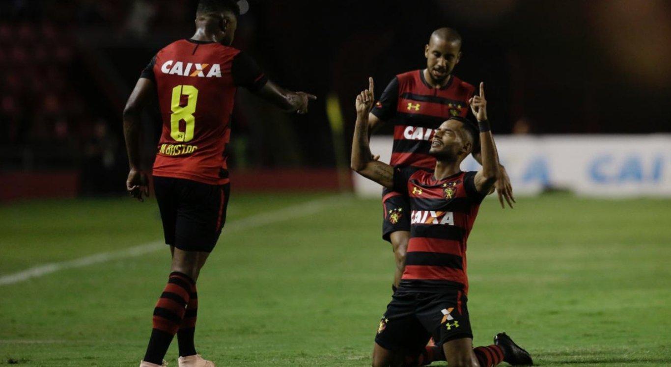 Com final dramático, Sport vence o Vasco e segue vivo na Série A