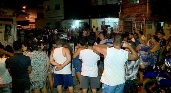 Filha conta que viu pai ser morto por policial militar após briga