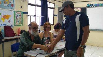 Primeiros eleitores a votar no Brasil são de Fernando de Noronha