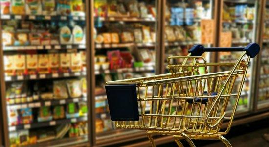 Supermercados preveem alta de 10% nas vendas de produtos natalinos