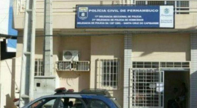 Mulher é detida tentando se passar por policial em Santa Cruz do Capibaribe