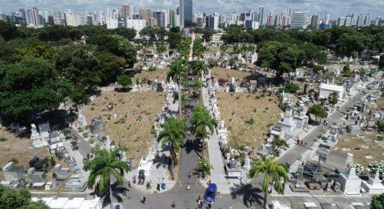 Cemitério de Santo Amaro passa por serviços de requalificação para o Dia de Finados