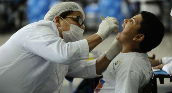 Ação oferece serviços dentários gratuitos para pessoas de baixa renda