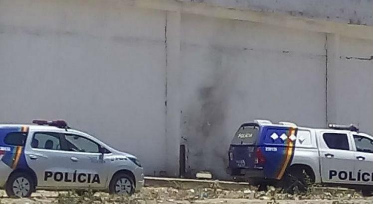 Tentativa de fuga após explosão de muro de presídio de Arcoverde é frustrada