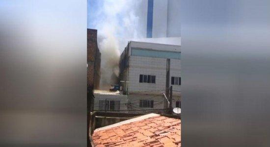 Incêndio atinge bar e academia na Zona Sul do Recife