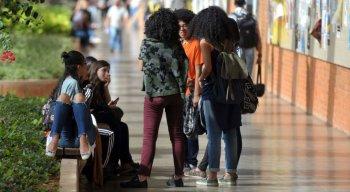 Podem concorrer às vagas do Sisu os estudantes que tenham feito o Enem 2018