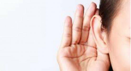 Hospital Agamenon Magalhães promove ação sobre cuidado com a saúde auditiva