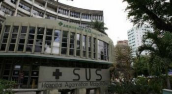 Adolescente foi levada pela família para o Hospital Agamenon Magalhães