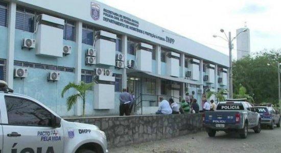 Homem é preso suspeito de matar padrasto a golpes de tesoura no Recife