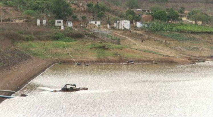 A Barragem do Bitury tem capacidade para 17 bilhões de litros de água está com apenas 4% da capacidade