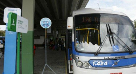 RMR: cinco ônibus foram alvos de assaltantes nas últimas 24h