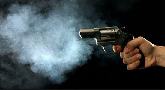 Homem é  assassinato a tiros em Camaragibe