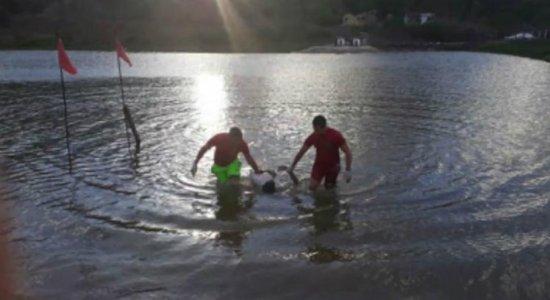 Corpo de homem desaparecido é encontrado boiando em açude de Caruaru