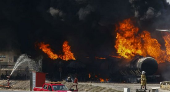 ANP abrirá processo para apurar incêndio na Refinaria de Manguinhos