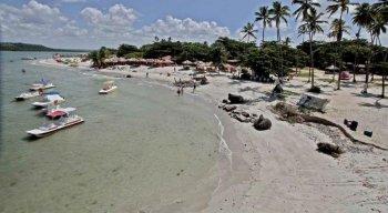 """A Praia de Jaguaribe, na Ilha de Itamaracá, foi uma das que recebeu a classificação de """"péssima"""""""