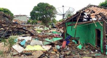 Tsunami atingiu a Indonésia neste sábado (22)
