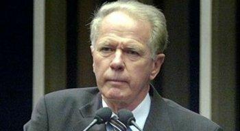 Camata foi governador do Espírito Santo por três mandatos. O último dele encerrado em 2011