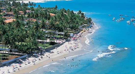 Coronavírus: Ipojuca interdita praias, fecha hotéis e comércio local