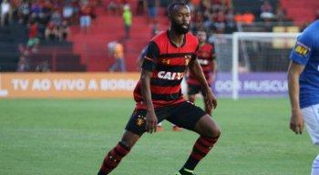 Marcão deve seguir a carreira no futebol estrangeiro