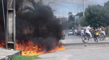 Ceará tem quinto dia de incêndios a veículos e prédios públicos