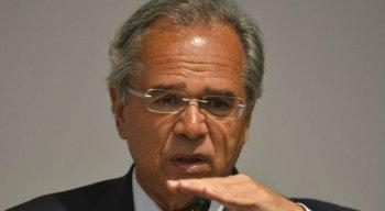 "Paulo Guedes: ""A Caixa foi vítima de saques e assaltos de recursos públicos"""