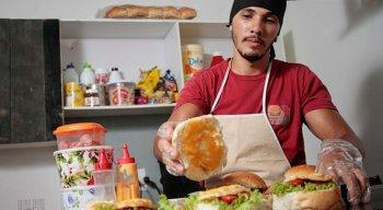 Rony Neves saiu da prisão e decidiu investir na venda de sanduíches
