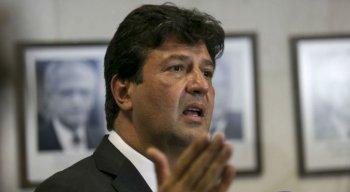 O ministro da Saúde, Luiz Henrique Mandetta, disse que pretende revisar o Mais Médicos