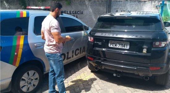 Três pessoas são presas por clonagem e roubo de veículo no Recife