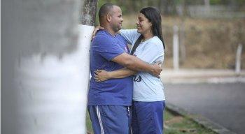 Carlos Mizael conheceu Luciene Maximiano na empresa e três anos depois estavam casados