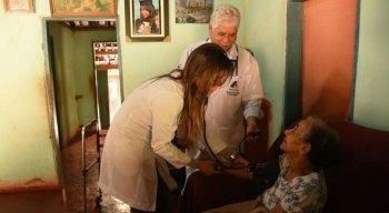 Programa Mais Médicos leva assistência a várias regiões do País