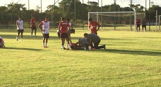 Juninho tem lesão detectada após dividida e desfalca o Sport