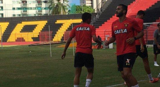 Ronaldo Alves segue com a situação indefinida no Sport