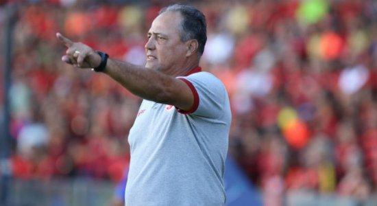 Náutico: sistema defensivo exige atenção redobrada de Márcio Goiano