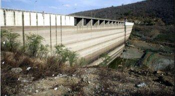 O reservatório tem capacidade para armazenar mais de 327 milhões de metros cúbicos de água