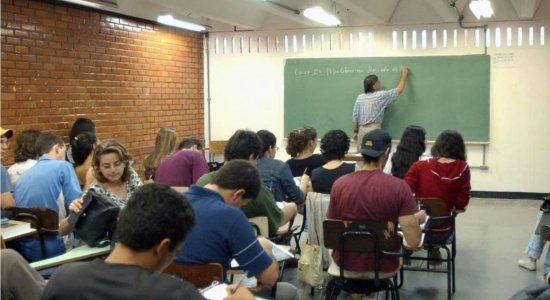 Prefeitura de Juazeiro (BA) abre concurso com 256 vagas imediatas para professores