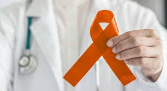 Debate falou sobre a importância de prevenir e fazer o diagnóstico precoce