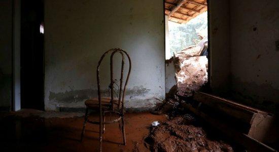 Atos lembram um mês do rompimento da barragem da Vale em Brumadinho
