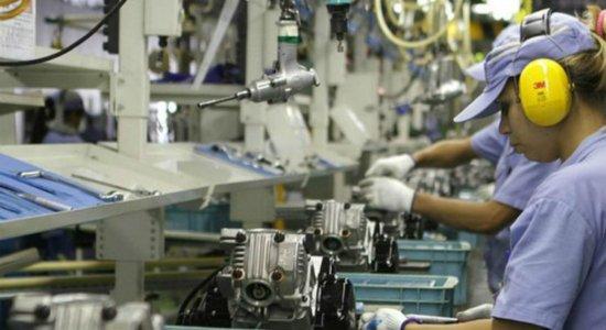 Produção industrial avança pelo segundo ano consecutivo, aponta IBGE