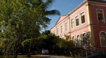 Hospital Ulysses Pernambucano, conhecido como Hospital da Tamarineira
