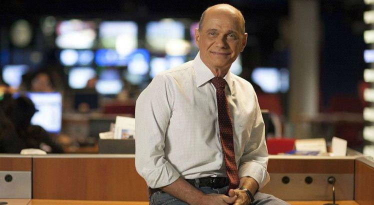 Boechat tinha 66 anos, era apresentador do Jornal da Band e da rádio BandNews FM e tinha uma coluna semanal na revista ISTOÉ