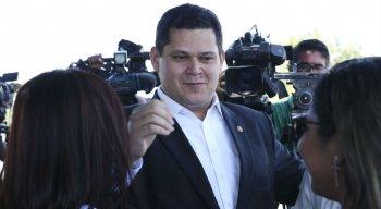 Após reunião com o Bolsonaro o presidente do Senado Federal, Davi Alcombre, falou com a imprensa