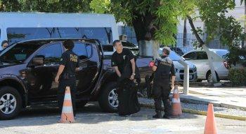 Polícia Federal cumpre mandados na manhã desta terça-feira em Pernambuco