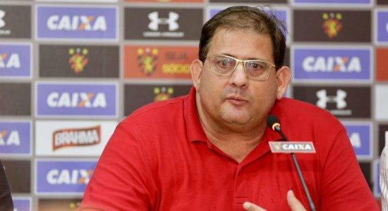 """""""Já assumi em situação financeira pior"""", diz Guto Ferreira, ao ser apresentado no Sport"""
