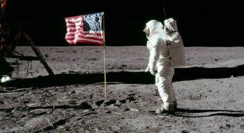 Chegada do homem à Lua, em 1969, levanta
