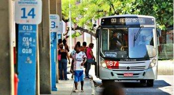 Passageiros reclamam por ajuste ser feito antes do Carnaval.