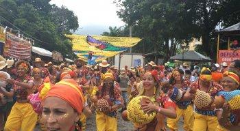 Apesar das chuvas o Congobloco agita o carnaval de Olinda.