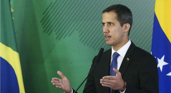 Guaidó diz, no Twitter, que vai retornar à Venezuela