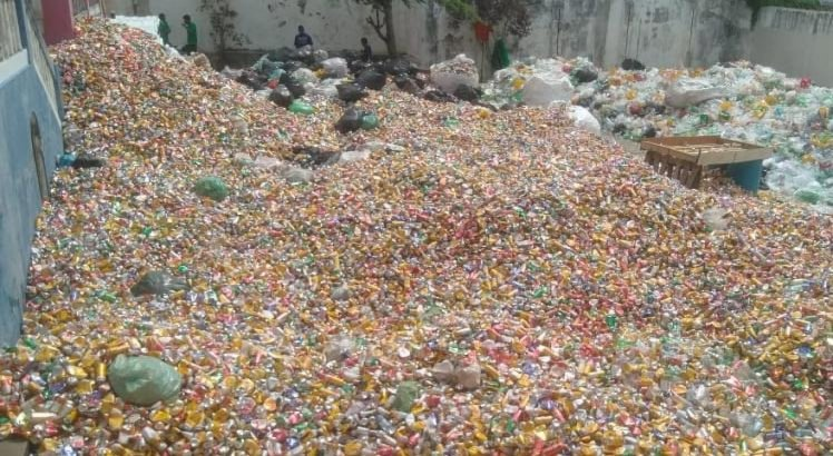 Material reciclável removido do polo do Carmo está sendo armazenado pela Coocencipe