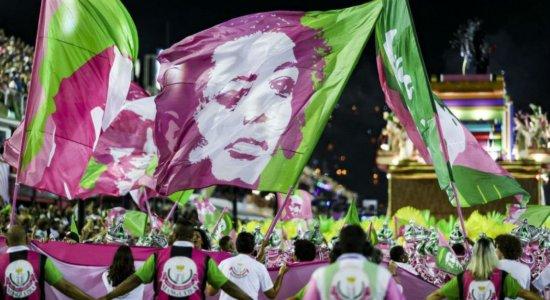 Com homenagem a Marielle, Mangueira é a campeã do carnaval carioca