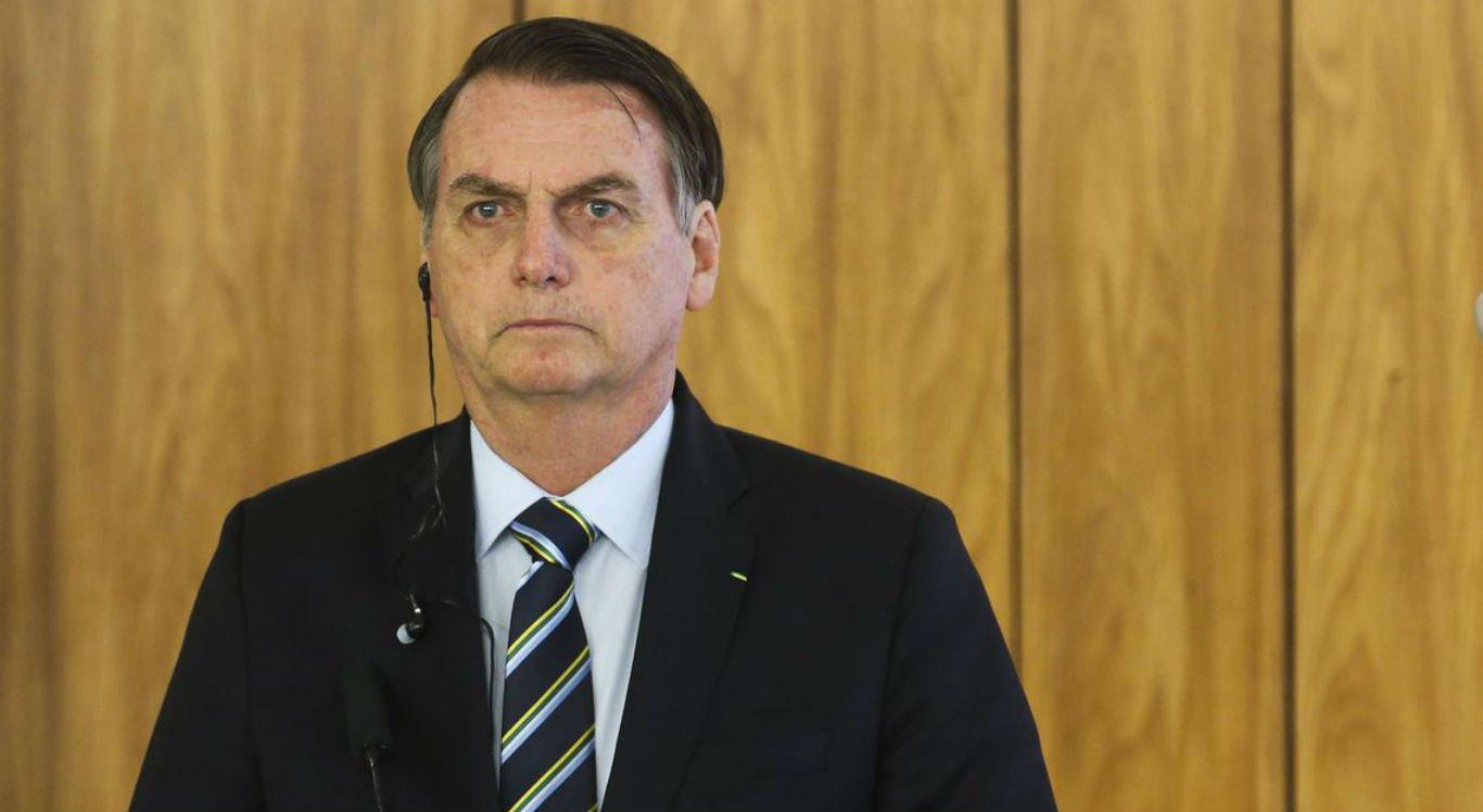 Aprovação do governo Bolsonaro cai 15% desde janeiro, aponta Ibope